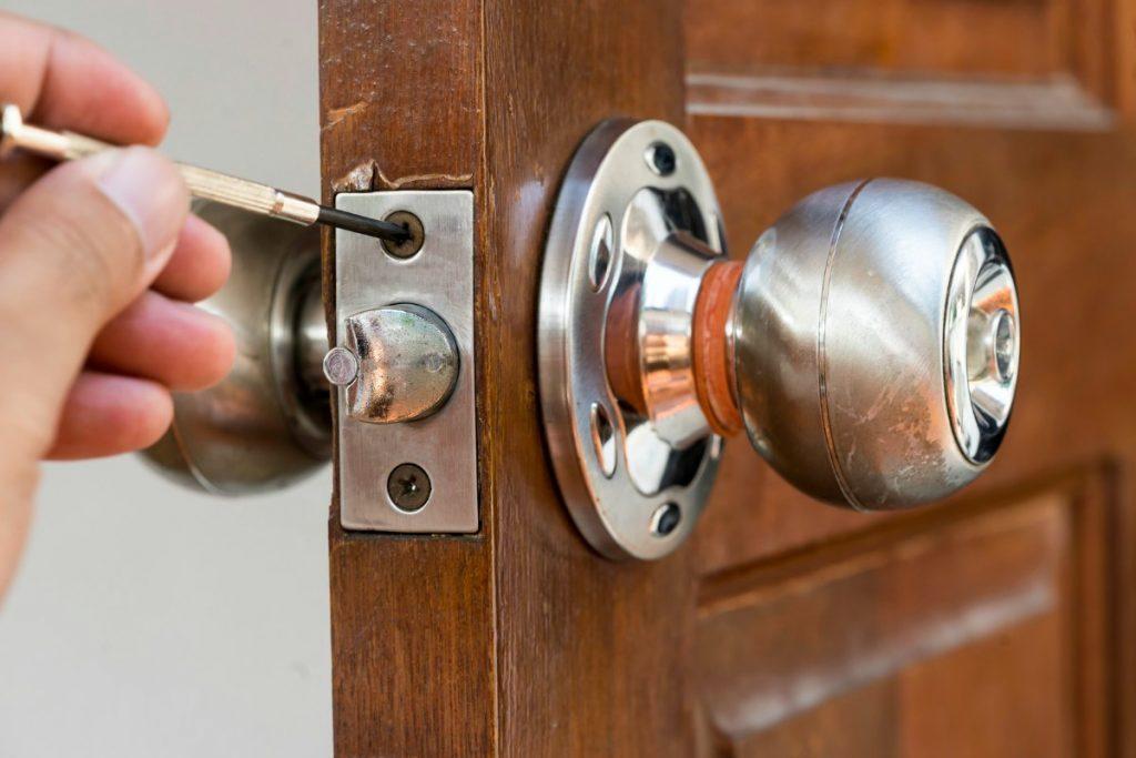 Study Exactly How I Improved Locksmith